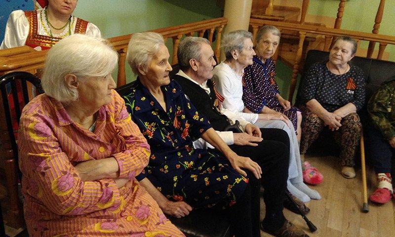 Пансионат для пожилых людей в Екатеринбурге    в сети пансионатов для пожилых «Достойная старость».